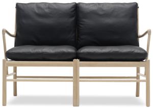 OW149-2_Colonialsofa_SIF98black_oak-whiteoil_front