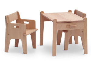 Peter's-Chair&Table